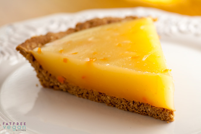 calamondin-or-lemon-pie-oatmeal-crust-680